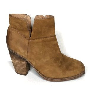 Vince Camuto Helyn leather heeled ankle booties